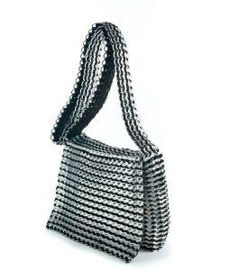 Masha Messenger bag in black